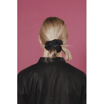 Aarre Scrunchie, Black, One Size
