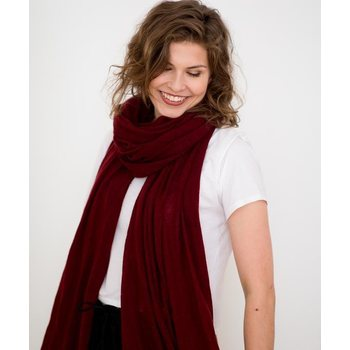 Store of Hope Large Knitted Cashmere Scarf, Merlot