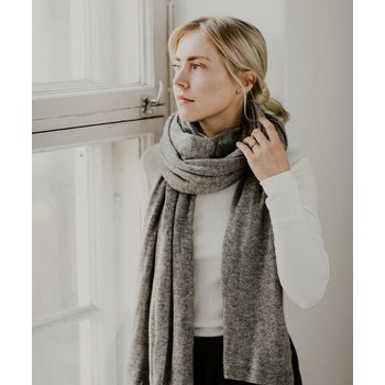 Store of Hope Large Knitted Cashmere Scarf, Natural Grey